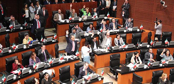 Presenta Morena  iniciativa al Senado para recortar recursos a partidos 50%