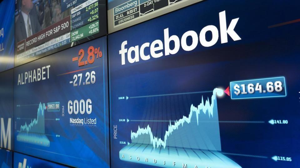 Se desploma Facebook en bolsa tras salida de fundadores de Instagram