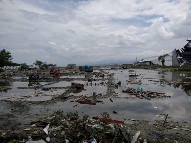 Indonesia devastada tras terremoto y tsunami
