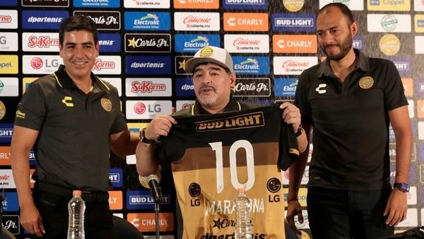 Hoy gran debut de Maradona como DT de Dorados