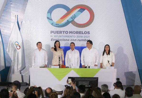Inicia segundo mandato Laura Fernández en Puerto Morelos