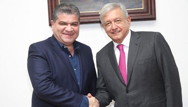 Se reúne López Obrador con el gobernador de Coahuila