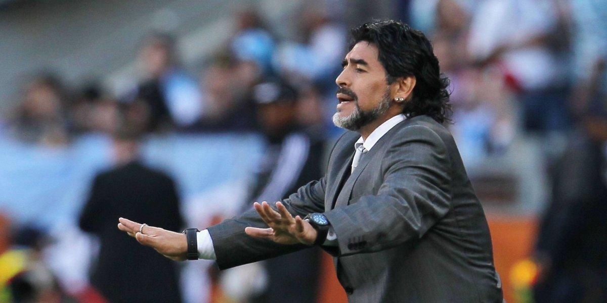 Maradona ataca a Messi 'Va 20 veces al baño antes de un partido'