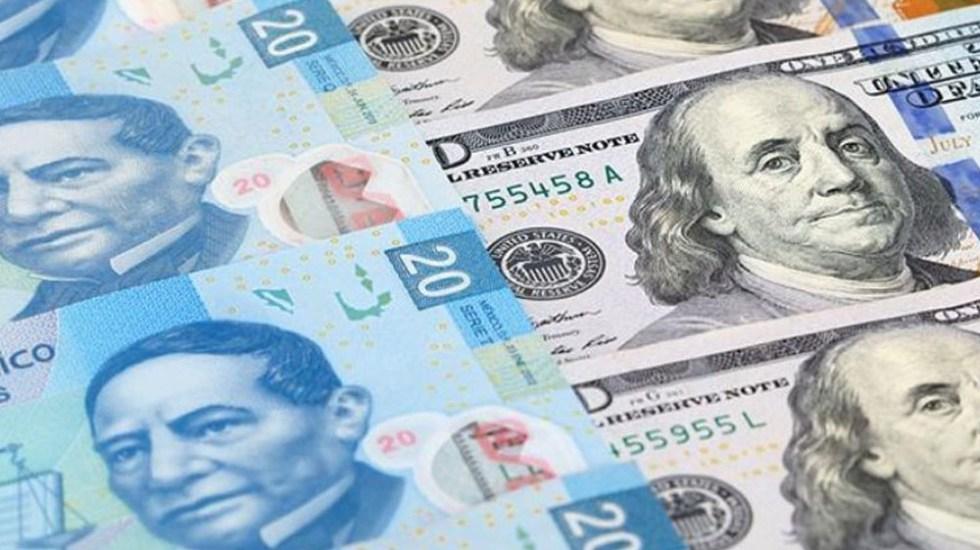 Dólar, en 18.62 pesos a la venta en el AICM
