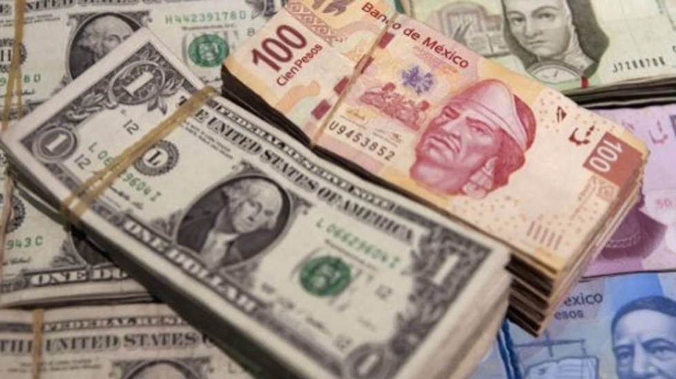 Dólar cae un ligero 0.22%