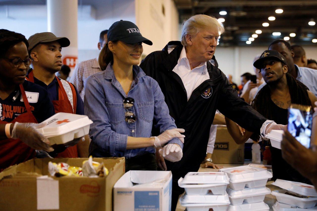 Trump arriba a Florida para evaluar desastres ocasionados por 'Michael'