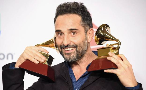 Jorge Drexler arrasa en los Latin Grammys