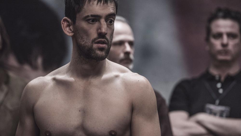 Luis Gerardo Méndez muestra nuevas facetas de actuación en » Bayoneta»