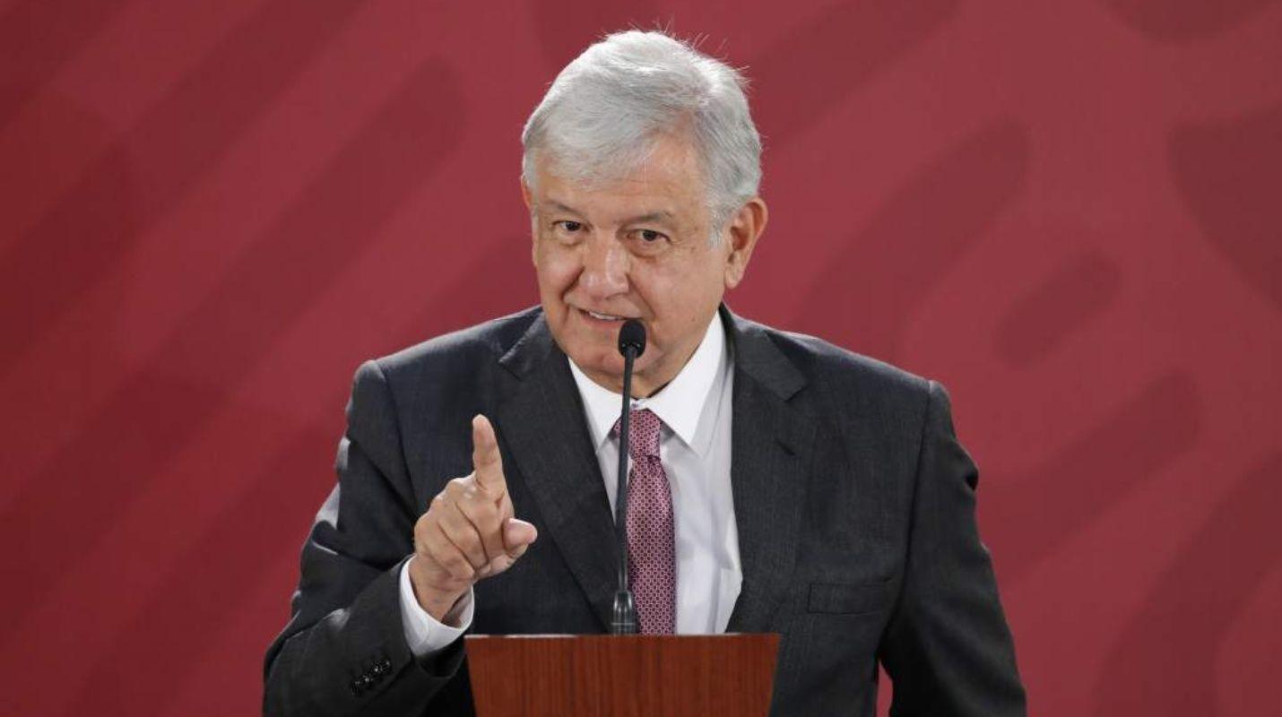 López Obrador informó que devolvió aproximadamente el 30% de su quincena