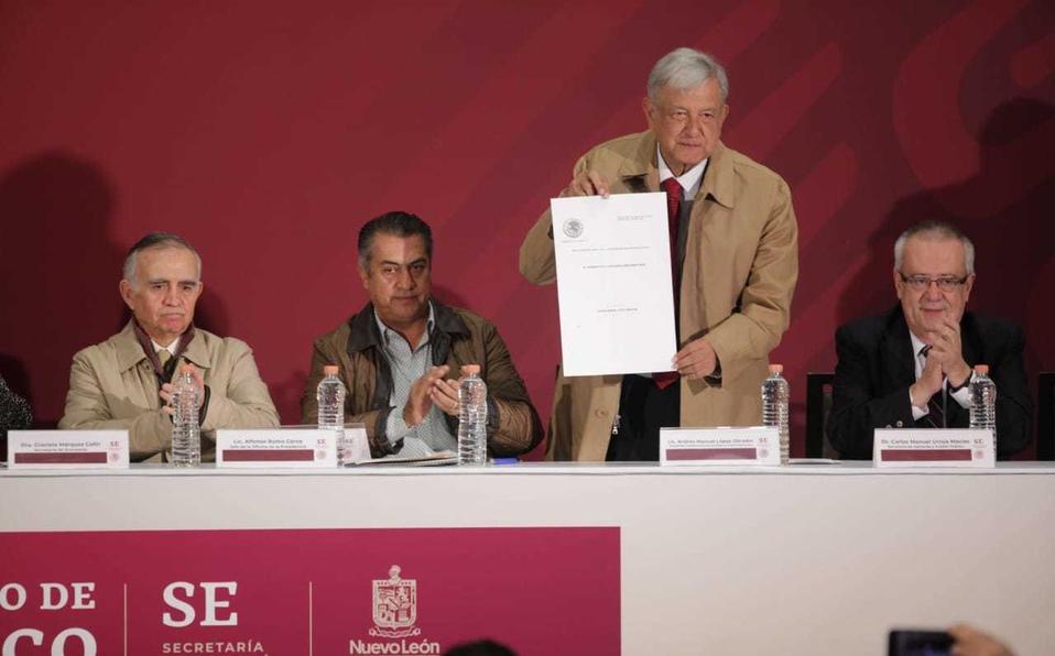 López Obrador anuncia reducción de 50% al IVA en frontera norte