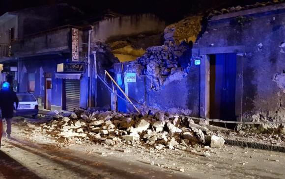 Terremoto sacude Sicilia, hay 10 heridos y derrumbes