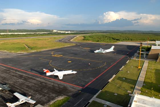 Demandan irregularidades en aeropuerto de Campeche