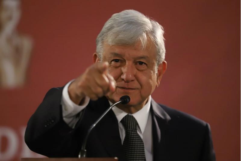 Debe entregarse ayuda humanitaria a venezolanos: López Obrador