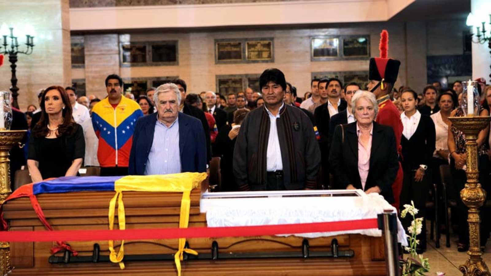 Crisis en Venezuela resta importancia a, aniversario luctuoso de Hugo Chávez