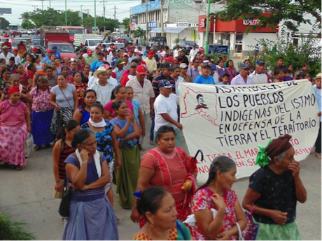 Mujeres oaxaqueñas se pronuncian por la defensa de su territorio