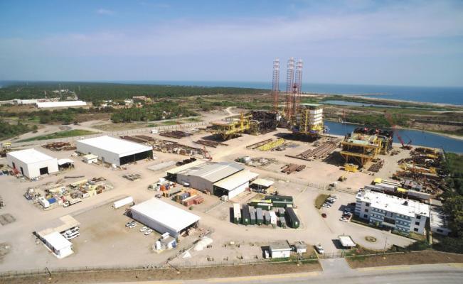 Estudian suspender refinería de Dos Bocas