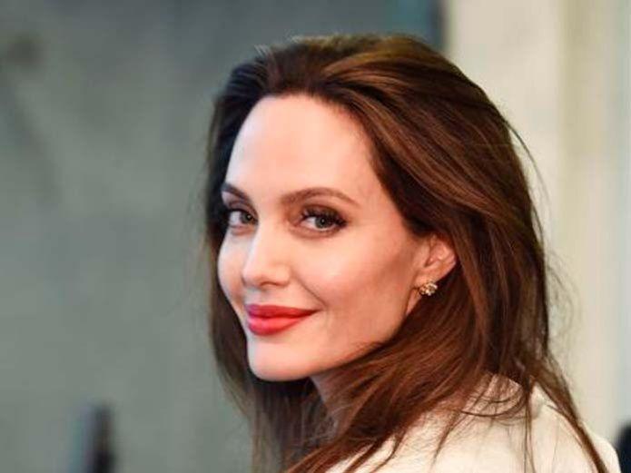 Angelina Jolie Negocia para incorporarse a The Eternals, de Marvel