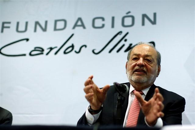 'Anuncia Carlos Slim el fin de su vida empresarial este sexenio'