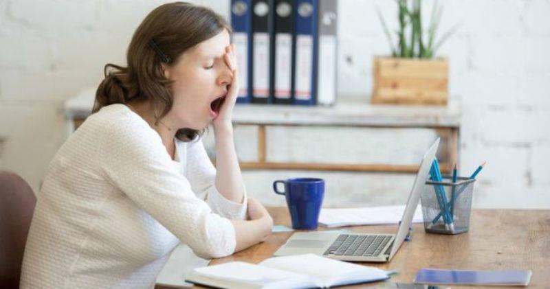 Estudio comprueba que el azúcar no mejora el ánimo y hace sentir agotamiento