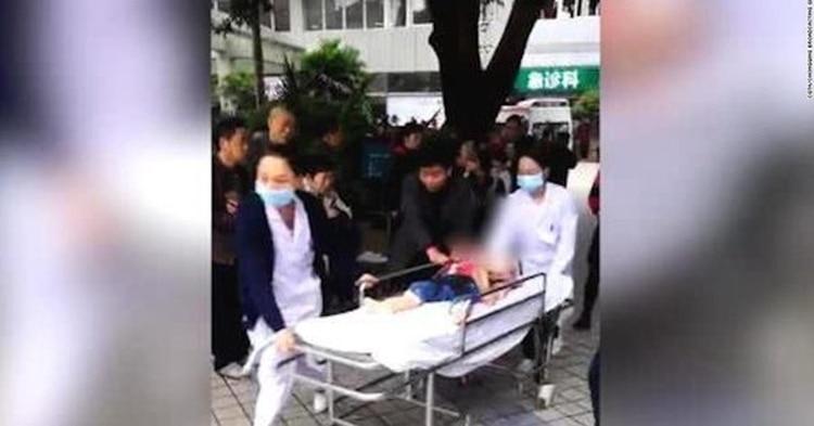 Atrapan a maestro de kínder acusado de envenenar a 23 niños