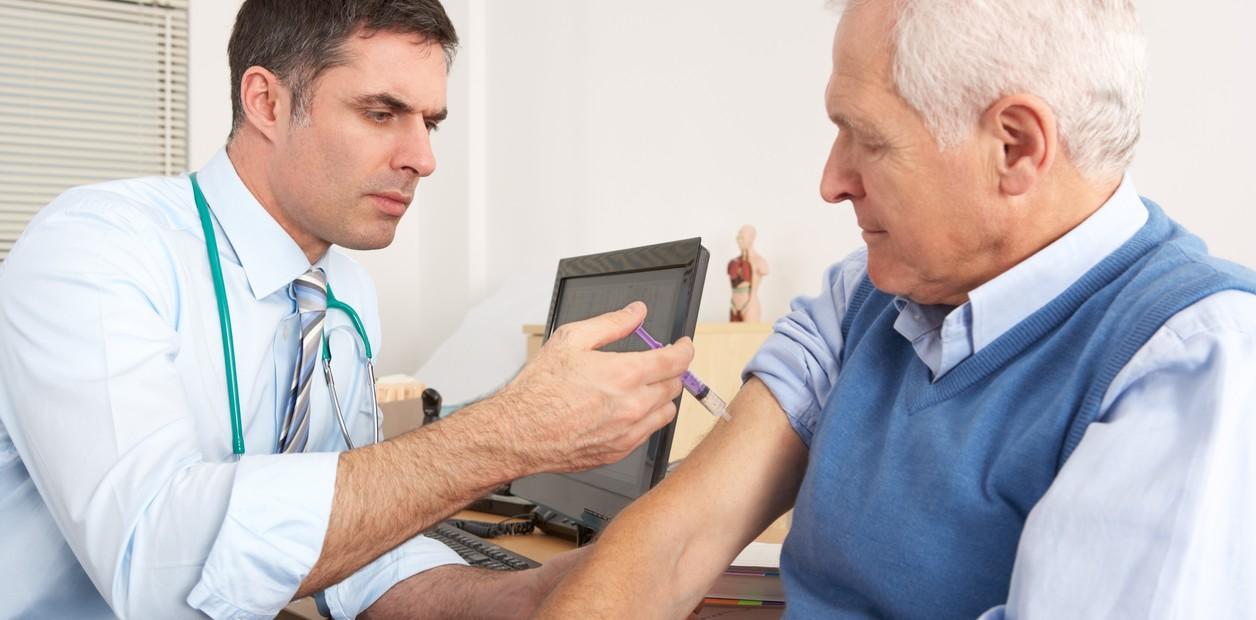 Vacunarse no tiene edad; adultos también deben protegerse