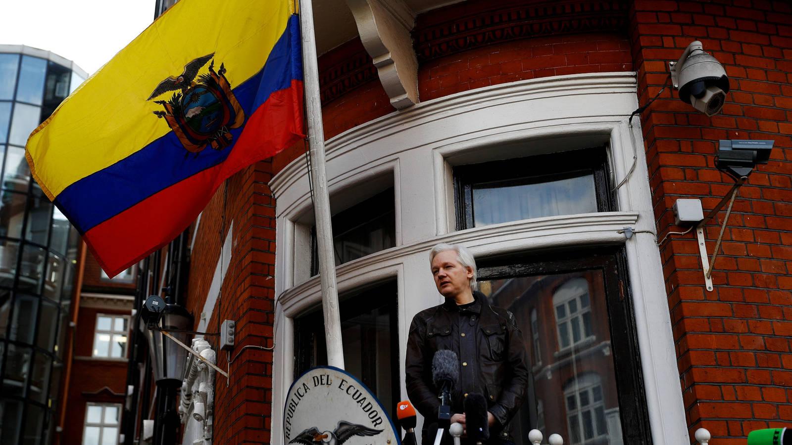 Reportan reporta millones de ciberataques en Ecuador tras arresto de Assange