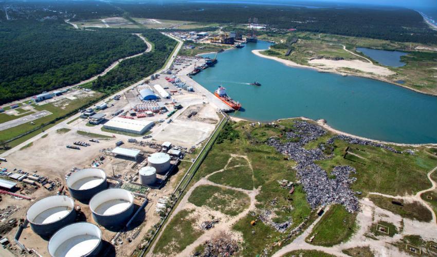Schneider Electricse interesa por el  proyecto de refinería en Dos Bocas
