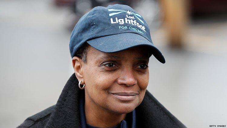 Lori Lightfoot hace historia primera alcaldesa afroamericana y gay