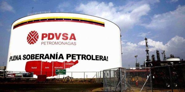 Entra en vigor embargo petrolero de EU impuesto a Venezuela