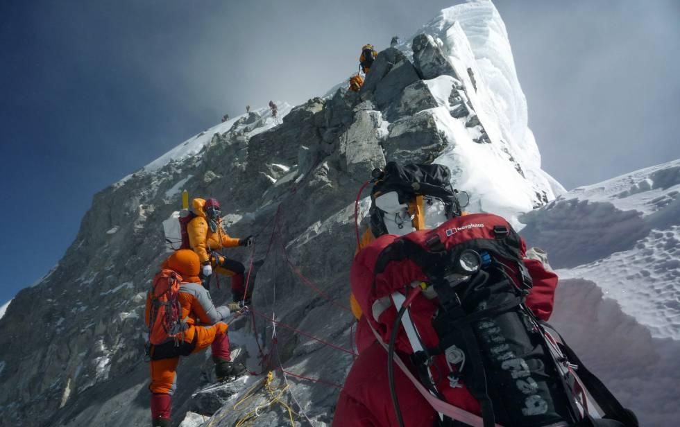 Suman 8 muertos en el Everest