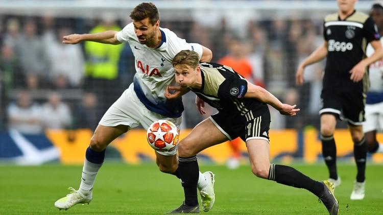 El Ajax listo para encuentro ante Tottenham