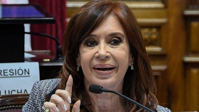 Cristina Fernández se postula como candidata a la vicepresidencia de Argentina