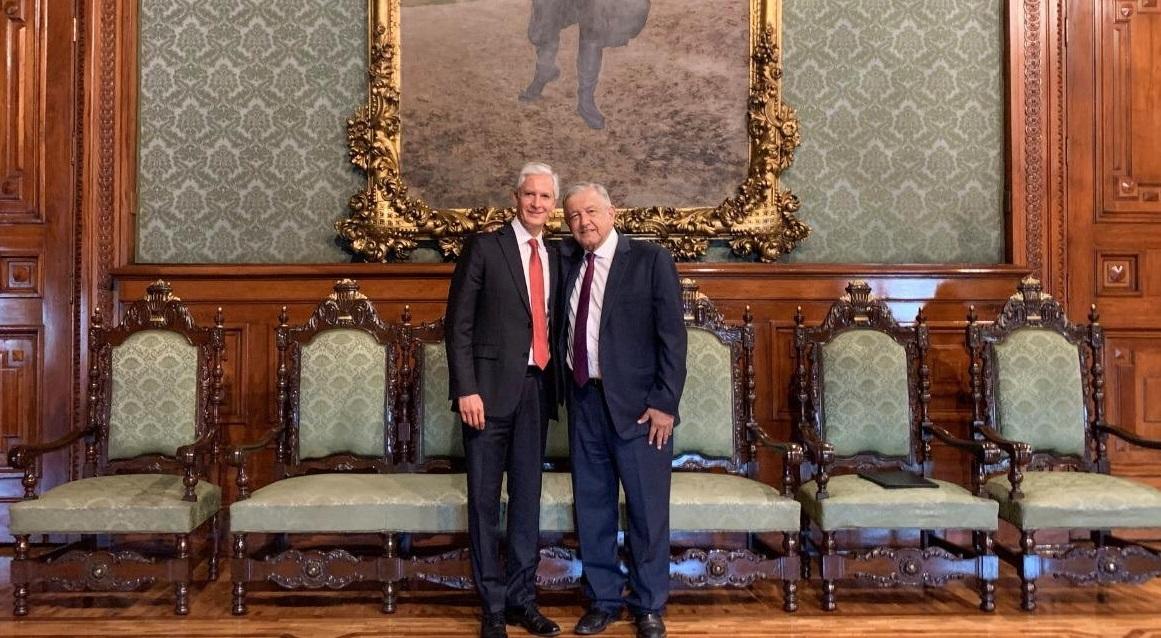 Se reúnen López Obrador y Del Mazo en Palacio Nacional