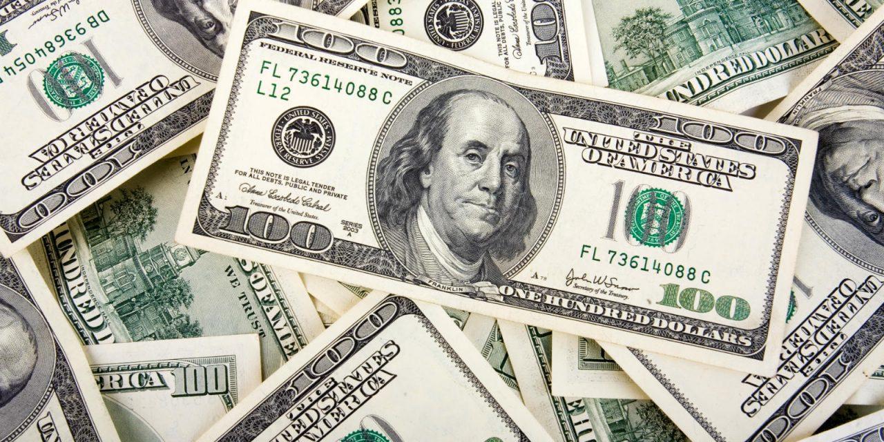 Peso pierde frente al dolar