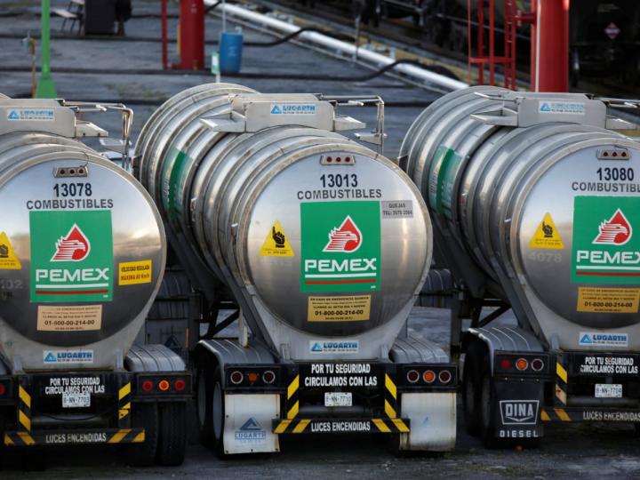 AMLO asegura autosuficiencia en producción de gasolina para 2022