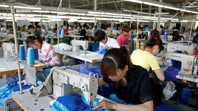 Desacelera 0.3% industria manufacturera
