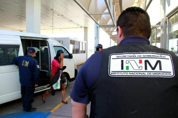 Por corrupción, 500 agentes del INM fueron despedidos: AMLO