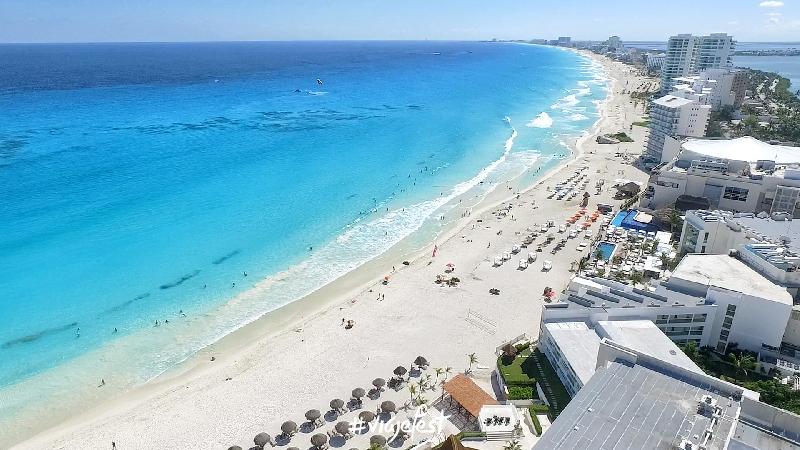 Cambian estrategia de promoción turística de Quintana Roo por sargazo