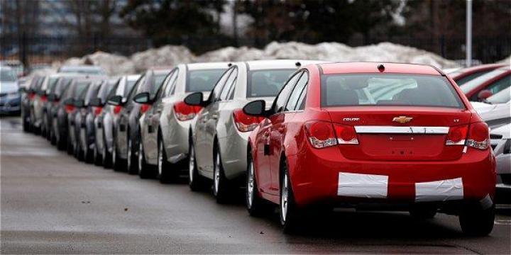 Se desploma la venta de automóviles en junio