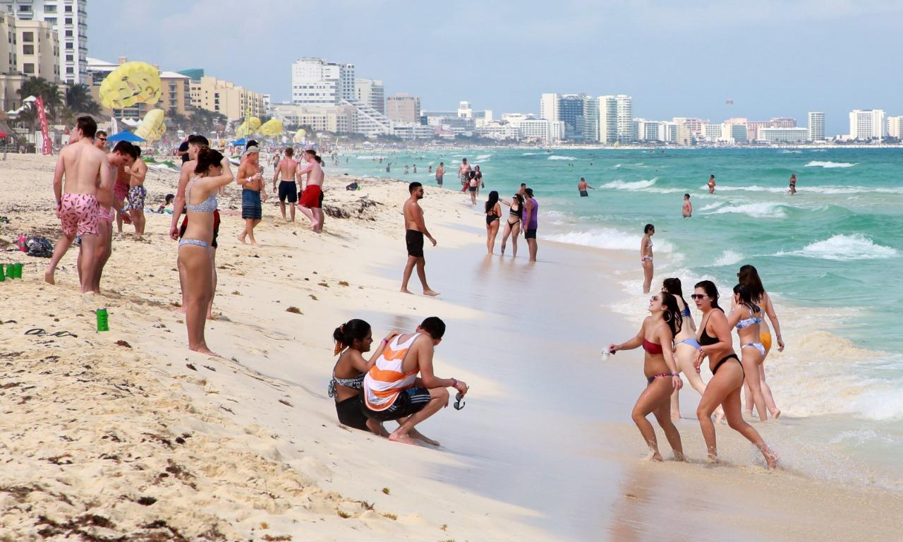 Cancún espera a 1.5 millones de turistas en verano