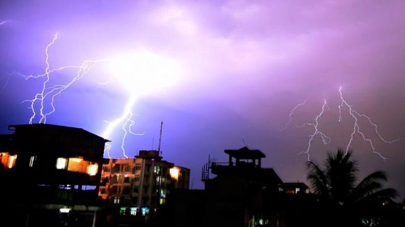 Tormenta electrica matan a 32 personas en India