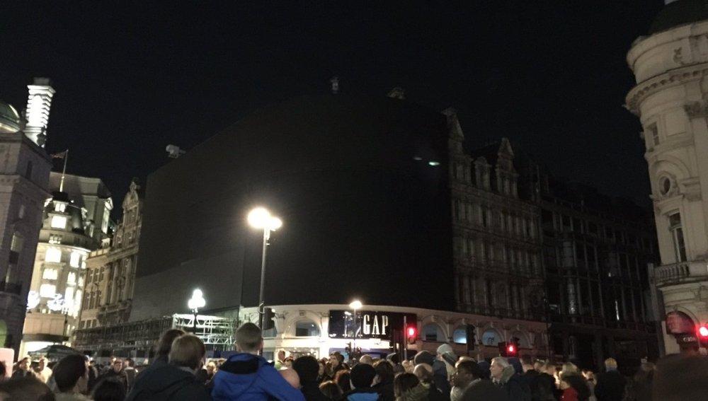 Reportan 'mega apagón' en Londres