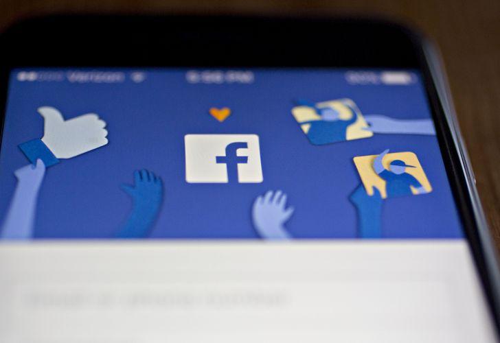 Facebook pagó por transcribir audios de Messenger