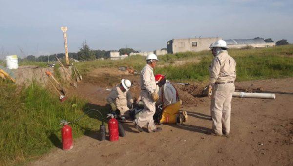 Bajo control fuga de gas LP en Amozoc
