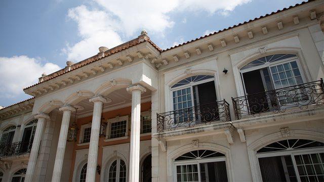 Carlos Bremer, compró en 102 mdp la residencia de Zhenli Ye Gon