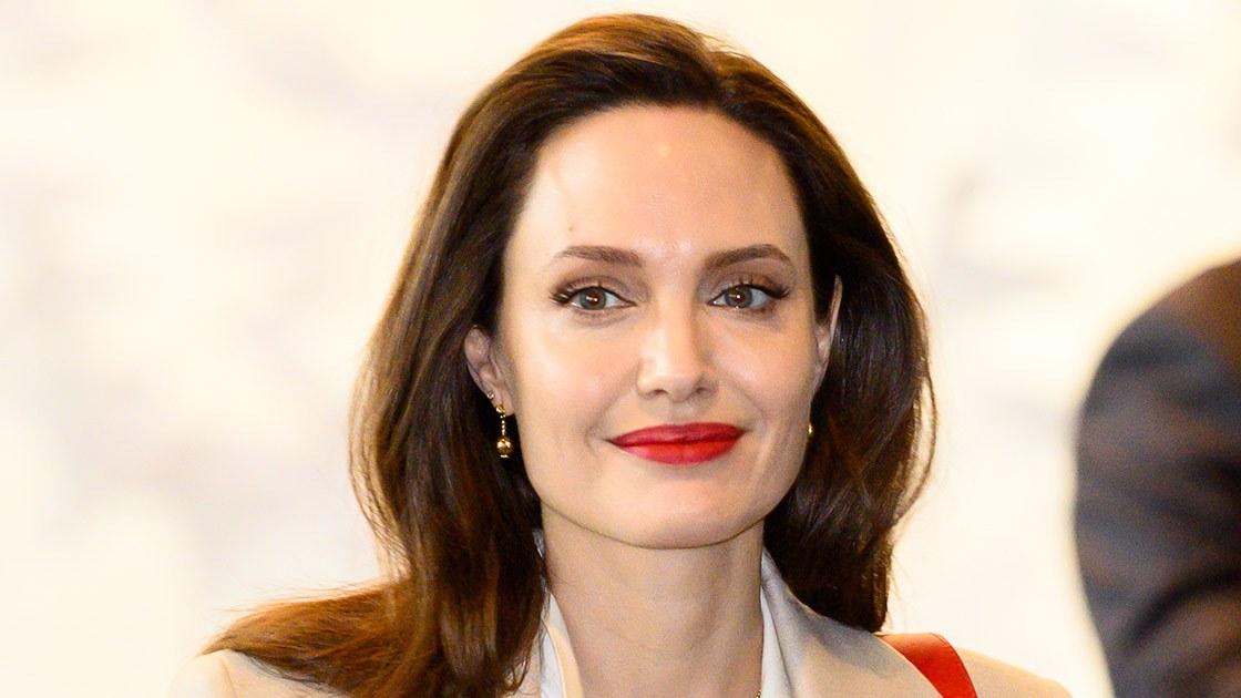 Angelina Jolie activa su canal de YouTube