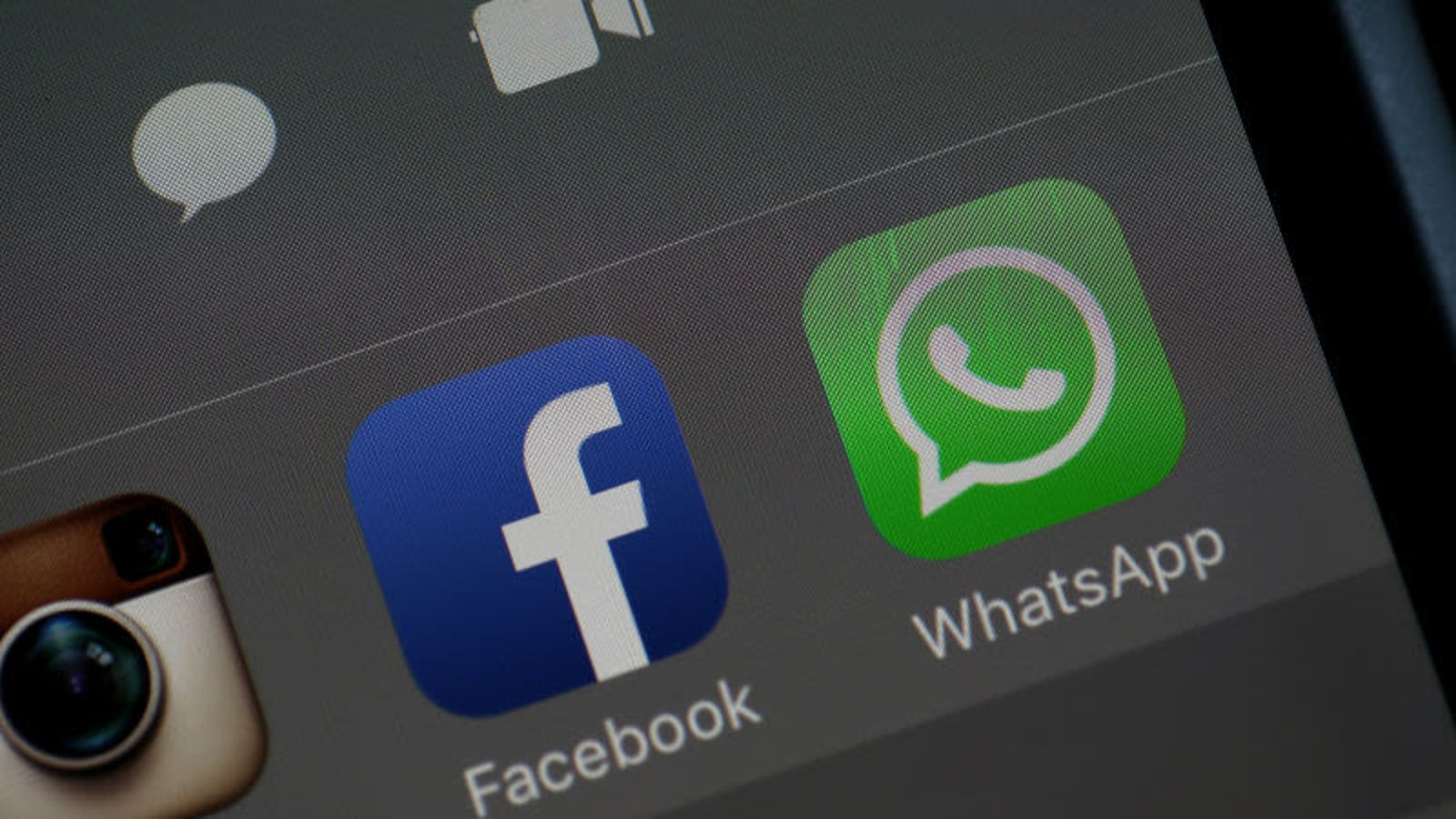 Facebook quiere acceder a conversaciones de Whatsapp