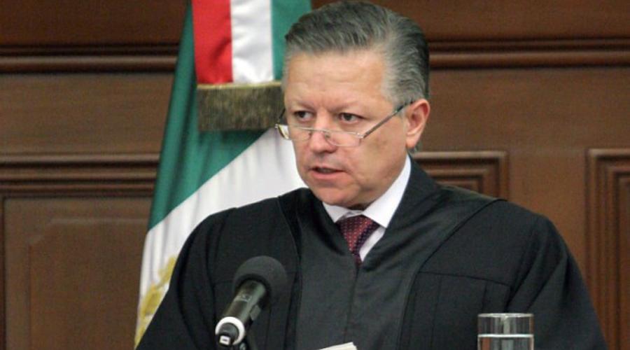 Destituyen a juez federal por hostigamiento sexual