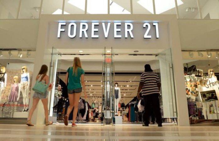 Forever 21 se declara en bancarrota; planea cierre de tiendas