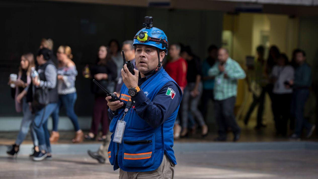 Inicia macrosimulacro en México
